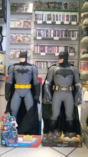 Due versioni di Batman da 80cm