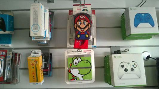Cover e accessori per ogni console
